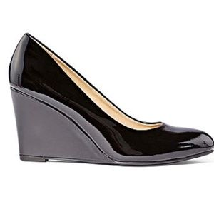 CL by Laundry Closed Toe Wedge Heel